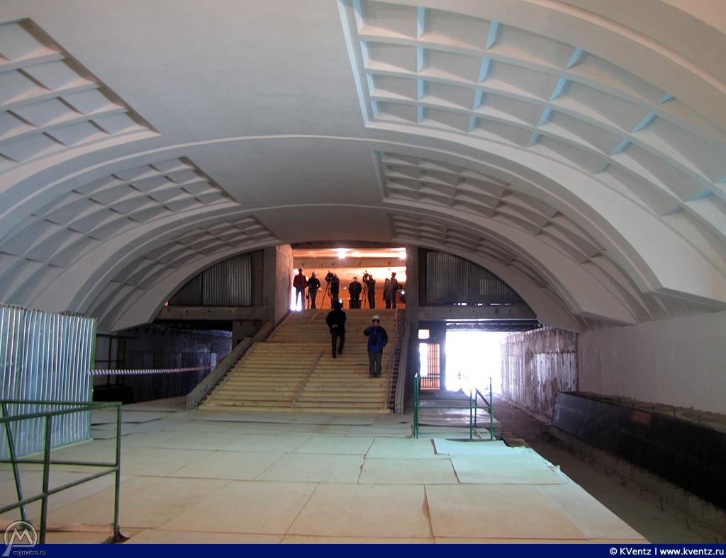 Платформа и северный выход