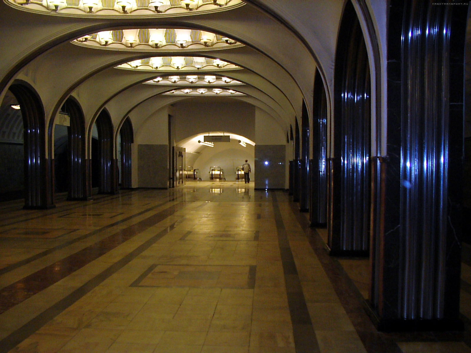 Путаны м московская 2 фотография