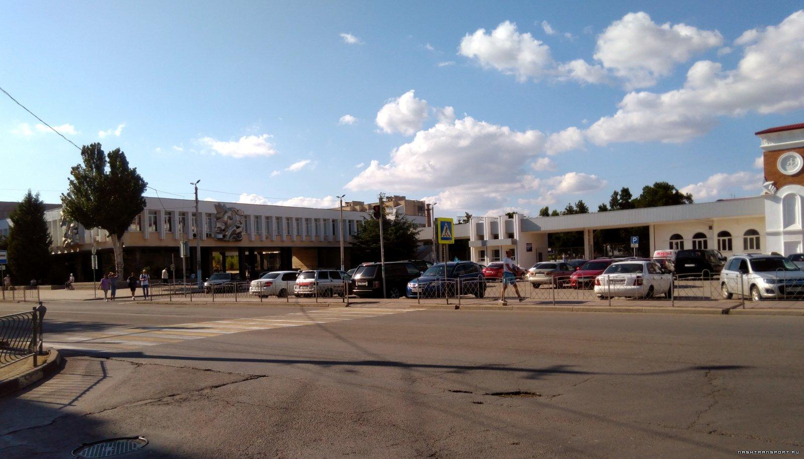 1у. Евпатория, новый вокзал.